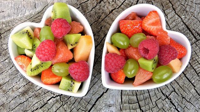 mísy s ovocem