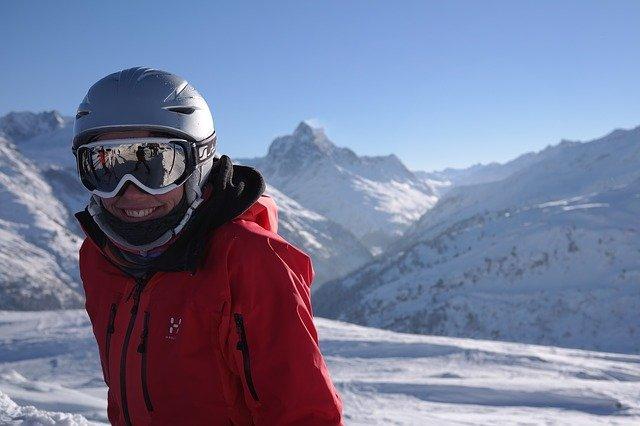 hory žena lyžovanie.jpg