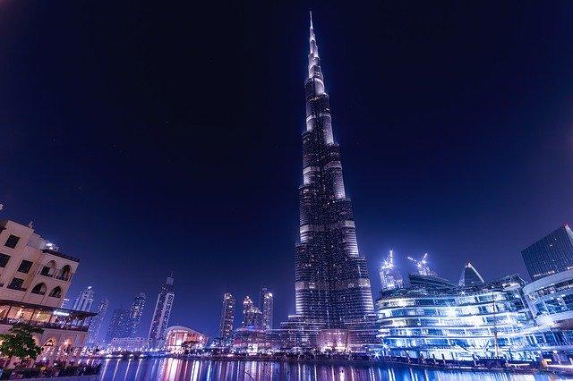 Mesto Dubai.jpg